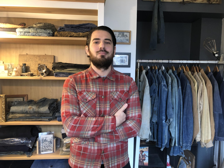 Eric Maggiori, collectionneur français de jeans.