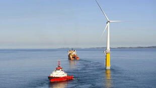 La Norvège avait déjà lancé la première éolienne flottante en mer du Nord.