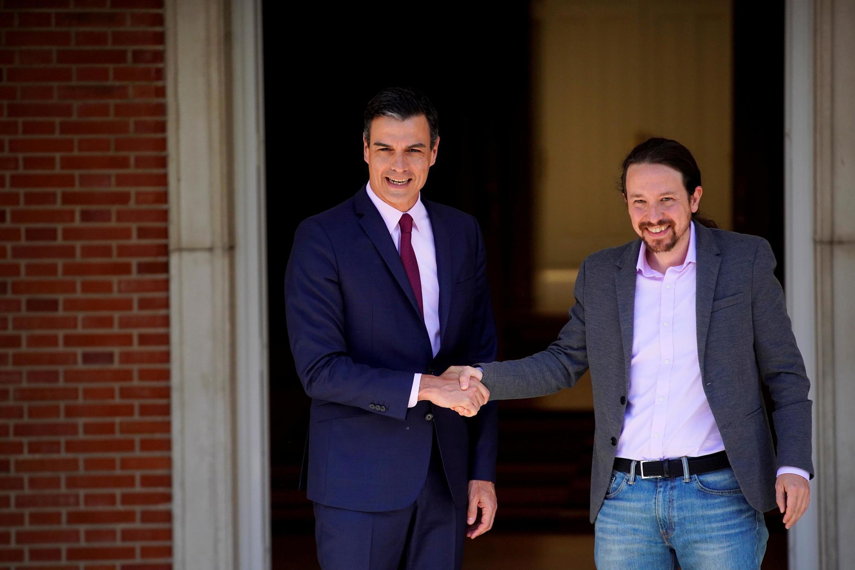 À gauche, Pedro Sanchez. À droite, Pblo Iglesias, le 7 mai 2019 à Dadrid.