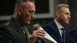"""ژنرال جوزف دانفورد، گفته است: """"ادعاهای مطرح شده توسط یکی از روزنامههای اصلی آمریکا در این مورد که ارتش ایالات متحده آمریکا در حال تهیه برنامهای برای حفظ یکهزار نفر از نیروهای خود در سوریه است، نادرست میباشد"""". - تصویر آرشیوی"""