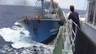 网上流传的中日钓鱼岛海域撞船录像资料
