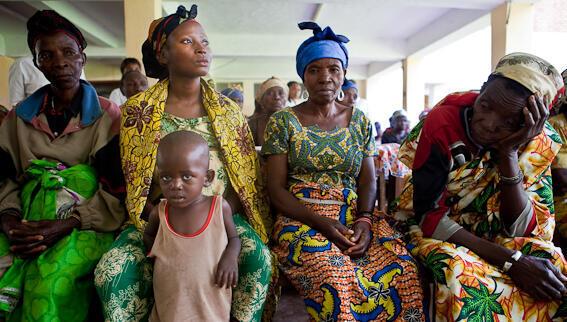 Femmes victimes de violences à l'Hôpital de Panzi, à Bukavu.
