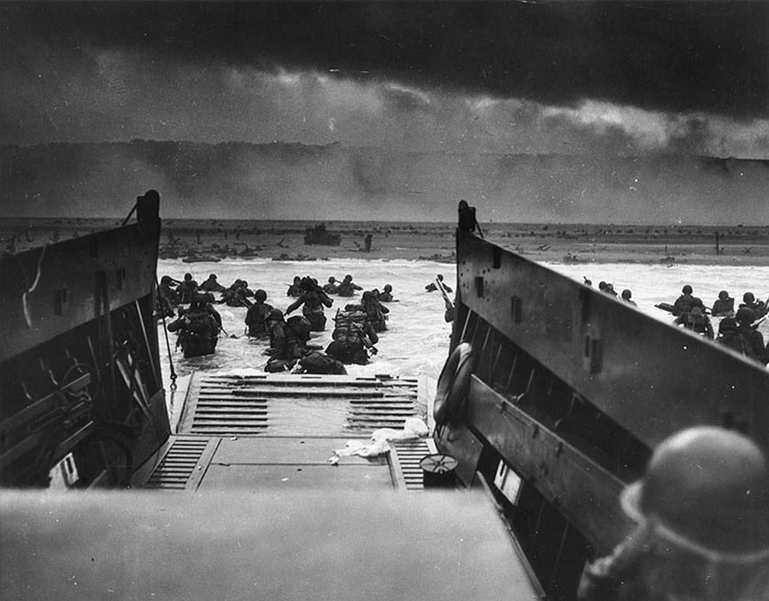 Débarquement américain à Omaha Beach, le 6 juin 1944.