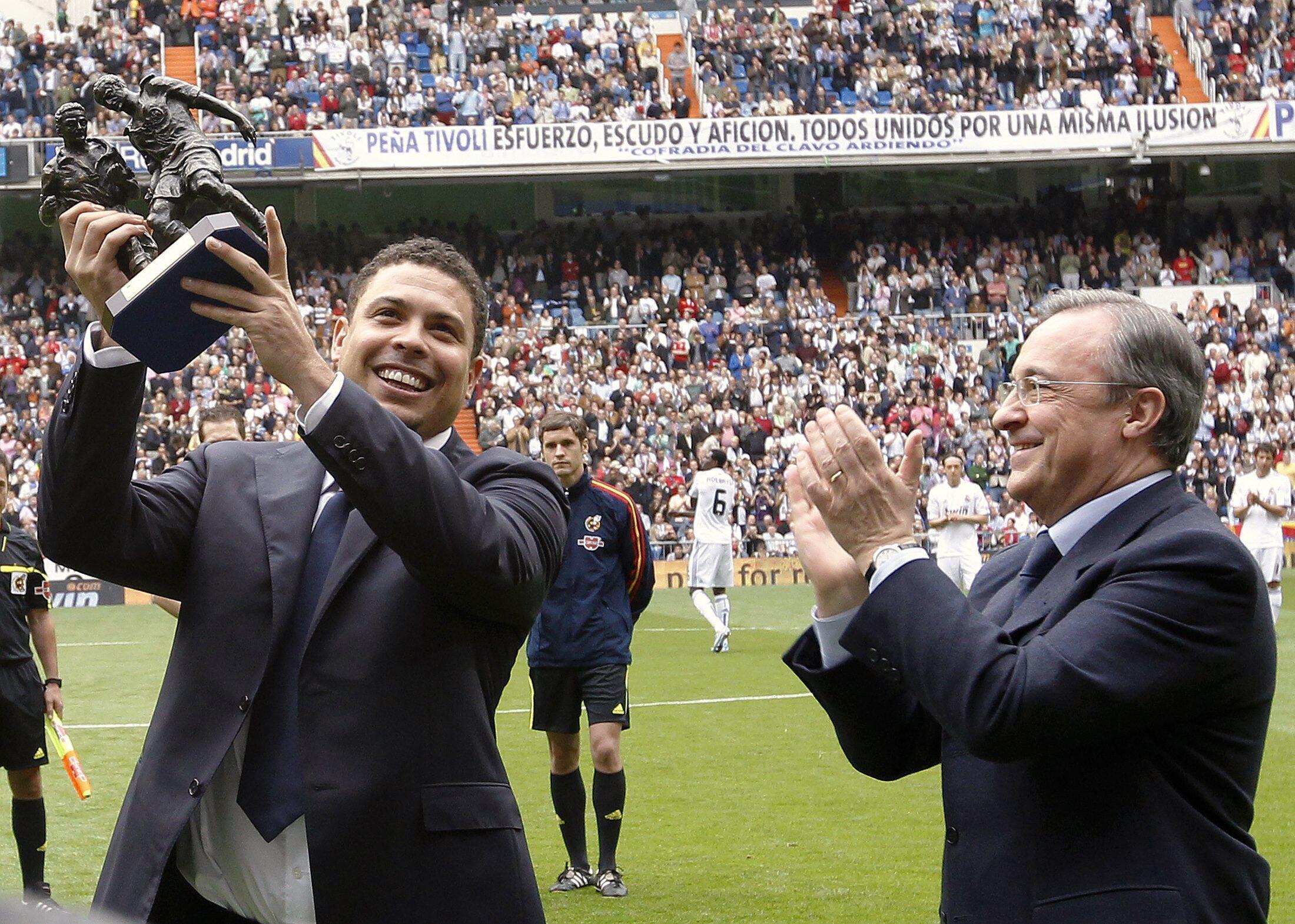 Florentino Perez, le président de Real Madrid (d).