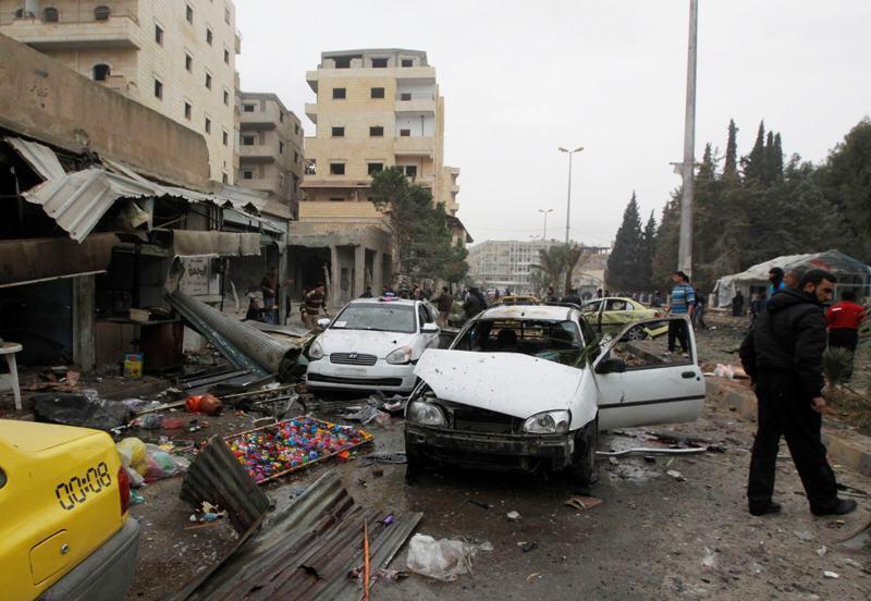 Air raid in Raqqa, eastern Syria, december 7, 2013