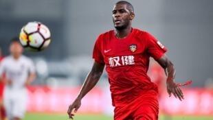 前科隆队足球明星安东尼莫德斯特(Anthony Modeste)因中方拖欠薪水解约。