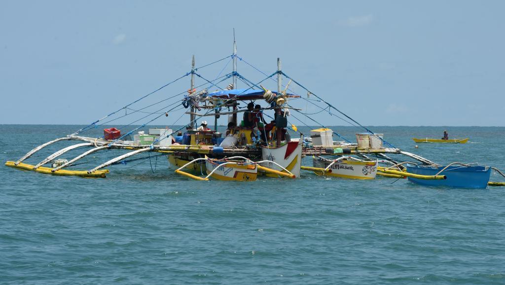 南中國海有爭議島嶼附近菲律賓漁民