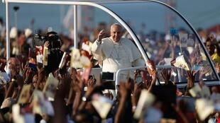 Chegada do papa Francisco nesta quinta-feira (15) às Filipinas, que é o primeiro país católico da Ásia.