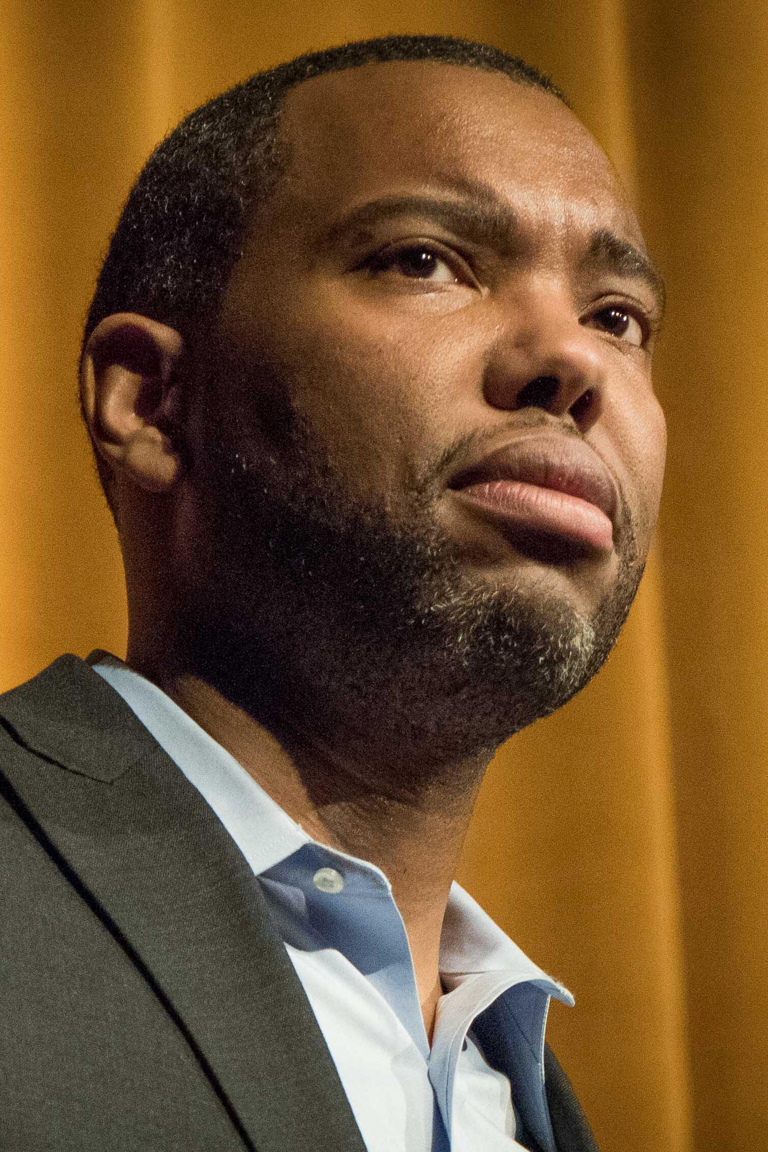 Ta-Nehisi Coates. L'essai intitulé «Le Procès de l'Amérique» qu'a publié ce journaliste en 2014 faisant le plaidoyer pour les compensations réclamées par les descendants d'esclaves a relancé le débat sur la délicate question des réparations.