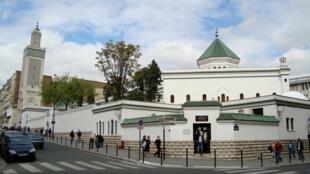 2020-11-29 france paris grand mosque islam