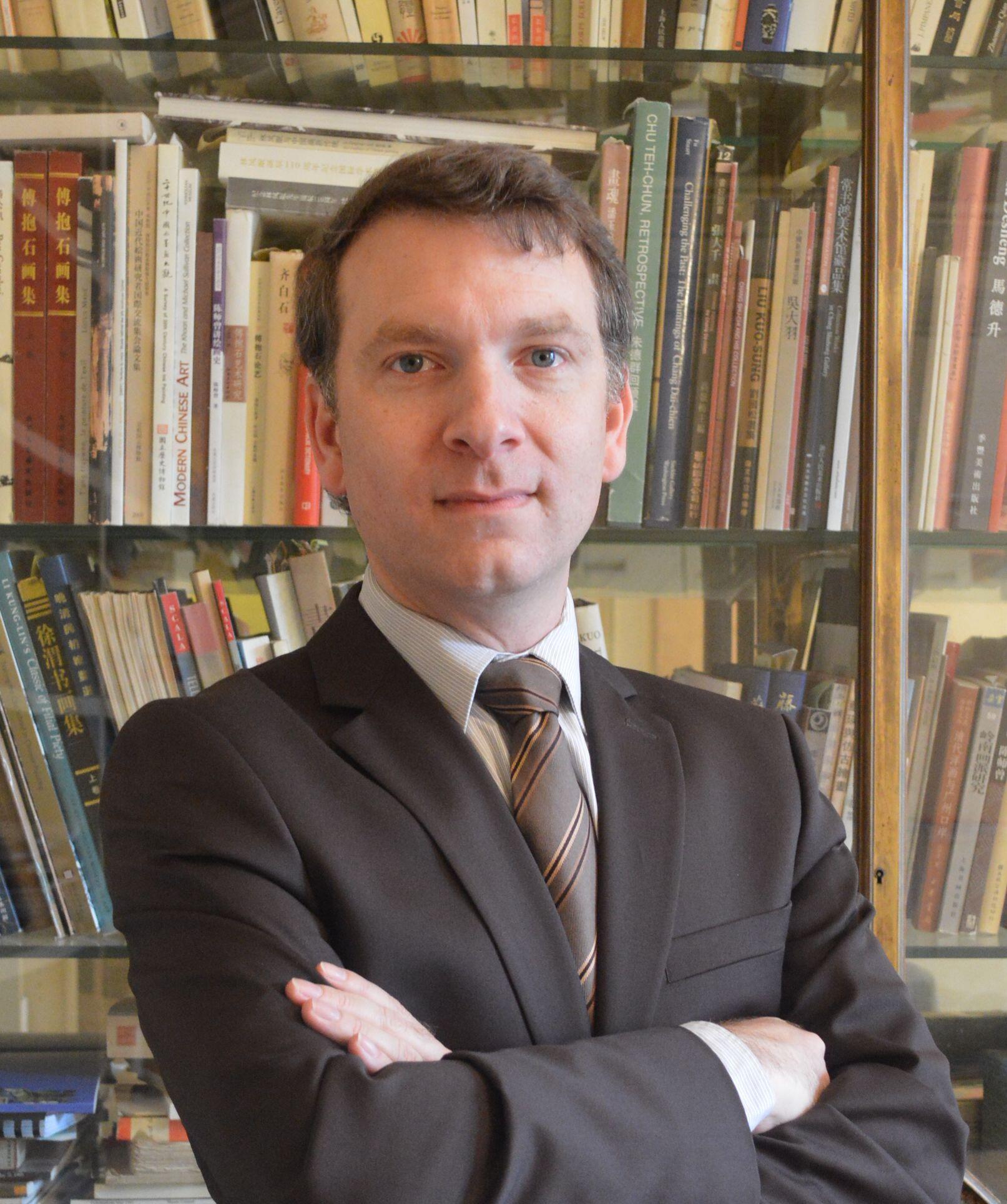 巴黎赛努奇市立亚洲博物馆馆长易凯先生(Eric Lefebvre)