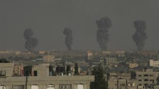 Mwoshi ukionekana katika katika mji wa  Rafah, kusini mwa ukanda wa Gaza, Julai 7 mwaka 2014.