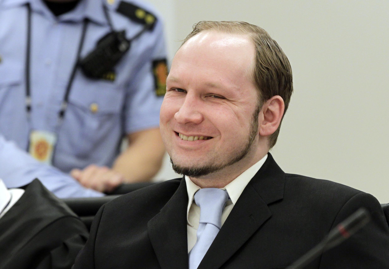 Anders Behring Breivik mtuhumiwa wa mauaji ya watu 77 nchini Norway akiwa mahakamani mjini Oslo