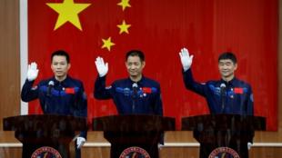 la-chine-va-envoyer-trois-astronautes-dans-l-espace