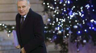 Le Premier ministre Jean-Marc Ayrault s'est félicité de l'issue de ces négociations, une étape dans le programme de lutte contre le chômage annoncé par l'exécutif début janvier 2013.
