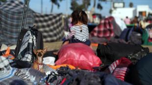 A Tijuana, les migrants de la caravane attendent dans des camps de fortune un hypothétique passage aux Etats-Unis, le 21 novembre 2018.