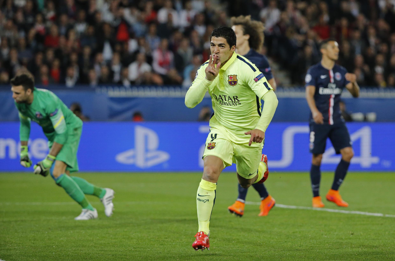 Kwallaye biyu Luis Suarez ya jefa a ragar PSG.