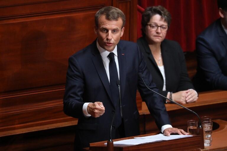 Emmanuel Macron frente ao Congresso no dia 9 de julho de 2018