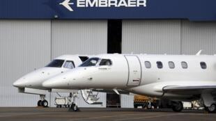Segundo 'Les Echos', quem sai ganhando com a compra dos caças suecos Gripen é a Embraer.