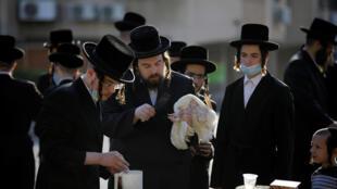 2020-09-25T074802Z_1933860939_RC2J5J9WGEKC_RTRMADP_3_HEALTH-CORONAVIRUS-ISRAEL-RELIGION