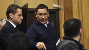 Un bras de fer s'engage entre le nouveau président élu Klaus Iohannidis et son Premier ministre, Victor Ponta (photo) sur la lutte contre la corruption.