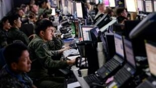 Members from U.S. and Republic of Korea militaries man the Hardened Theater Air Control Center during the first day of Ulchi Freedom Guardian at Osan Air Base, South Korea, August 17, 2015.