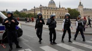 Estação da polícia central de Paris, palco de agressão que fez 5 mortos a 3 de outubro de 2019