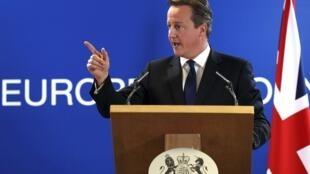 C'est un «jour sombre» pour l'Europe a déclaré le Premier ministre britannique David Cameron à Bruxelles le 27 juin 2014 après l'élection de Jean-Claude Juncker.