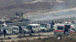 Uno de los convoyes da la vuelta hacia el este de Alepo. 16 de diciembre de 2016.