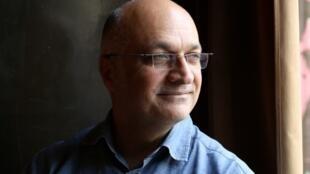 جواد جواهری، نویسنده ایرانی فرانسویزبان