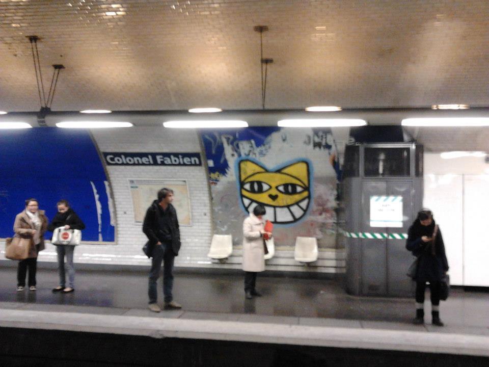 Thoma Vuille já desenhou seu famoso gato em várias estações de metrô de Paris.