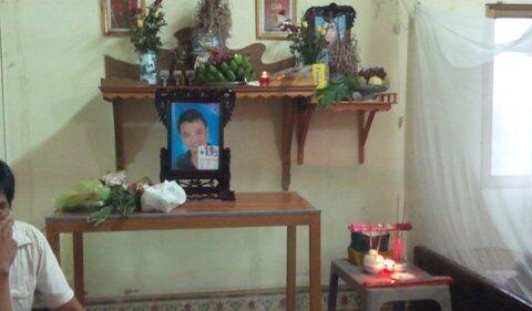 Di ảnh của ông Đặng Ngọc Viết, thủ phạm vụ xả súng tại trụ sở chính quyền Thái Bình. Ảnh : Báo trong nước