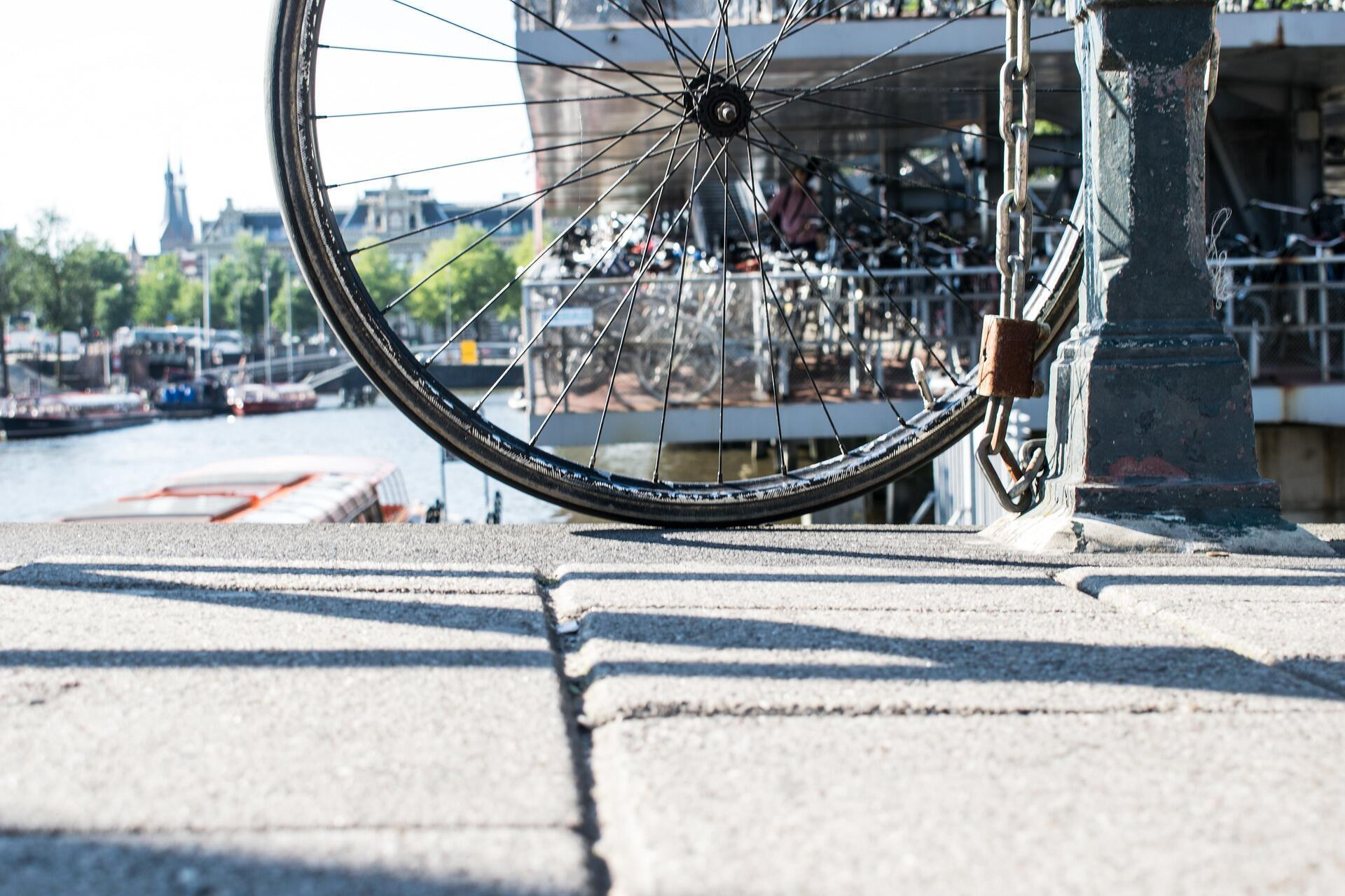 Le vélo, une pratique douce qui fait du bien à l'environnement et à nos poumons.