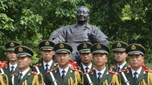 Lễ kỷ niệm sinh nhật thứ 110 của Đặng Tiểu Bình, tại Tứ Xuyên, Trung Quốc, 18/08/2014