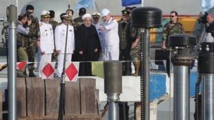 Tổng thống Hassan Rohani dự lễ hạ thủy tầu ngầm Fateh tại căn cứ Bandar-Abbas. Ngày 17/02/2019.