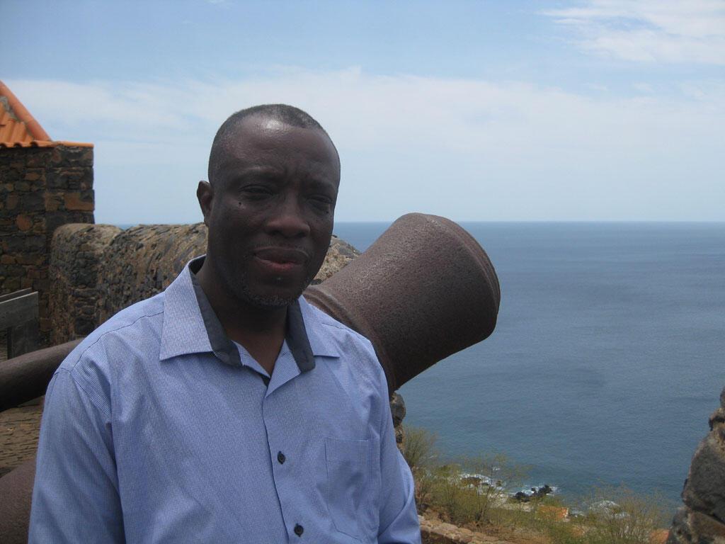 Charles Akibode, directeur du patrimoine capverdien, artisan du classement de Cidade Velha au patrimoine mondial de l'Unesco.