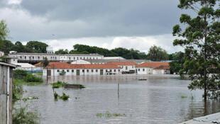 Enchente em Uruguaiana no dia do Natal é considerada a pior do ano