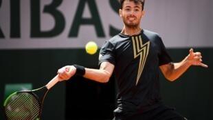 El argentino Juan Ignacio Londero es la sensación en Roland Garros tras su pase a octavos de final donde le espera el vigente campeón Rafael Nadal.
