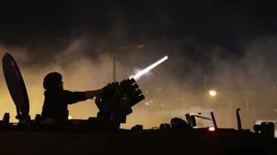 黎巴嫩警察與示威民眾發生衝突造成數十人受傷