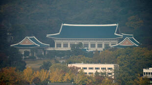 图为韩国总统府青瓦台远眺