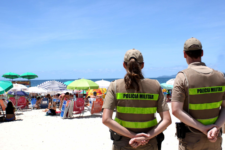 Policiais argentinos vão trabalhar no apoio ao turista argentino no litoral catarinense.