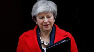A primeira-ministra britânica, Theresa May, pede um tempo antes do divórcio.