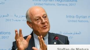 کنفرانس خبری استفان دیمیستورا، نماینده ویژه سازمان ملل متحد در امور سوریه، در محل این سازمان در ژنو. چهارشنبه ٢٢ فوریه ٢٠۱٧