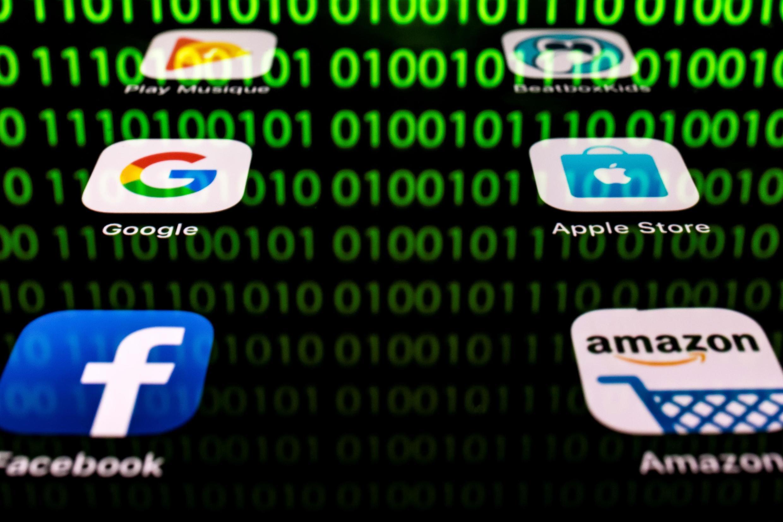 """A """"taxa GAFA"""" (Google, Apple, Facebook e Amazon) será cobrada sobre o faturamento e não mais sobre os lucros."""