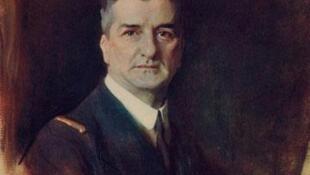 Quốc trưởng Horthy Miklós một vị anh hùng trong mắt các đảng cực hữu Hungary, một đồng lõa với tội ác Đức quốc xã trong mắt các sử gia - Wikimedia Commons