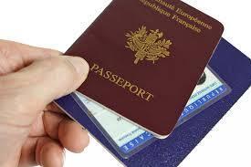 Tịch thu hộ chiếu và thẻ căn cước, vũ khí mới chống khủng bố.
