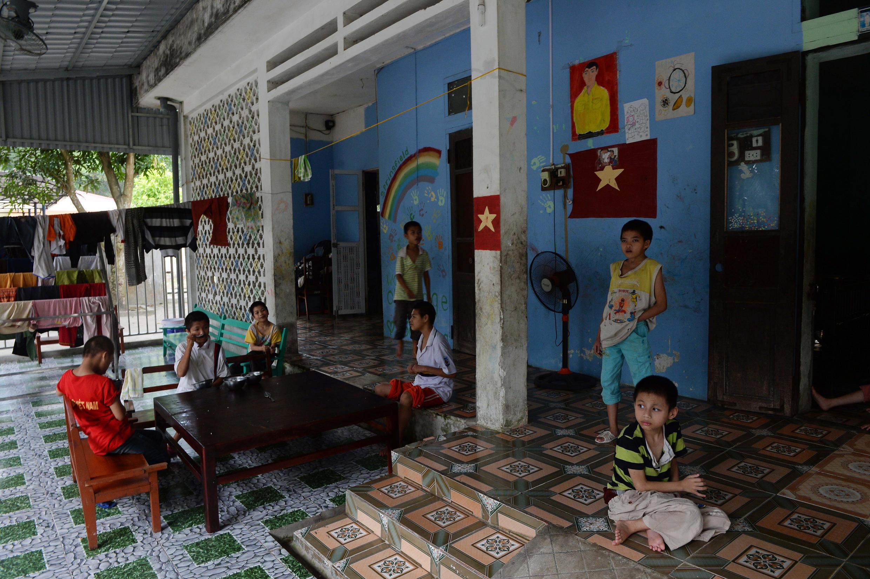 Trẻ em trong một trại trẻ mồ côi Ba Vì, Hà Nội chụp ngày 16/09/2014.  Hình chỉ mang tính minh họa.
