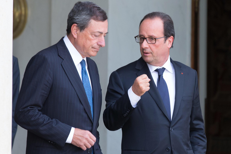 Le président de la Banque centrale européenne Mario Draghi (à gauche) et le président français François Hollande à l'Elysée, le 1er septembre 2014.