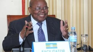Mratibu wa usuluhishi wa mgogoro wa Burundina rais wa zamani wa Tanzania Benjamin Mkapa