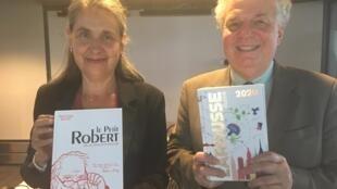 Marie-Hélène Drivaud, directrice éditoriale pour Le Robert et Bernard Cerquiglini, conseiller pour le Petit Larousse.